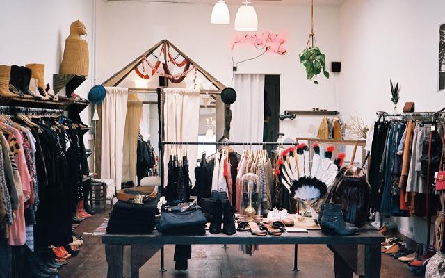 Rush clothing store