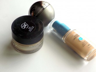 FOUNDATIONS-FOR-OILY-SKIN